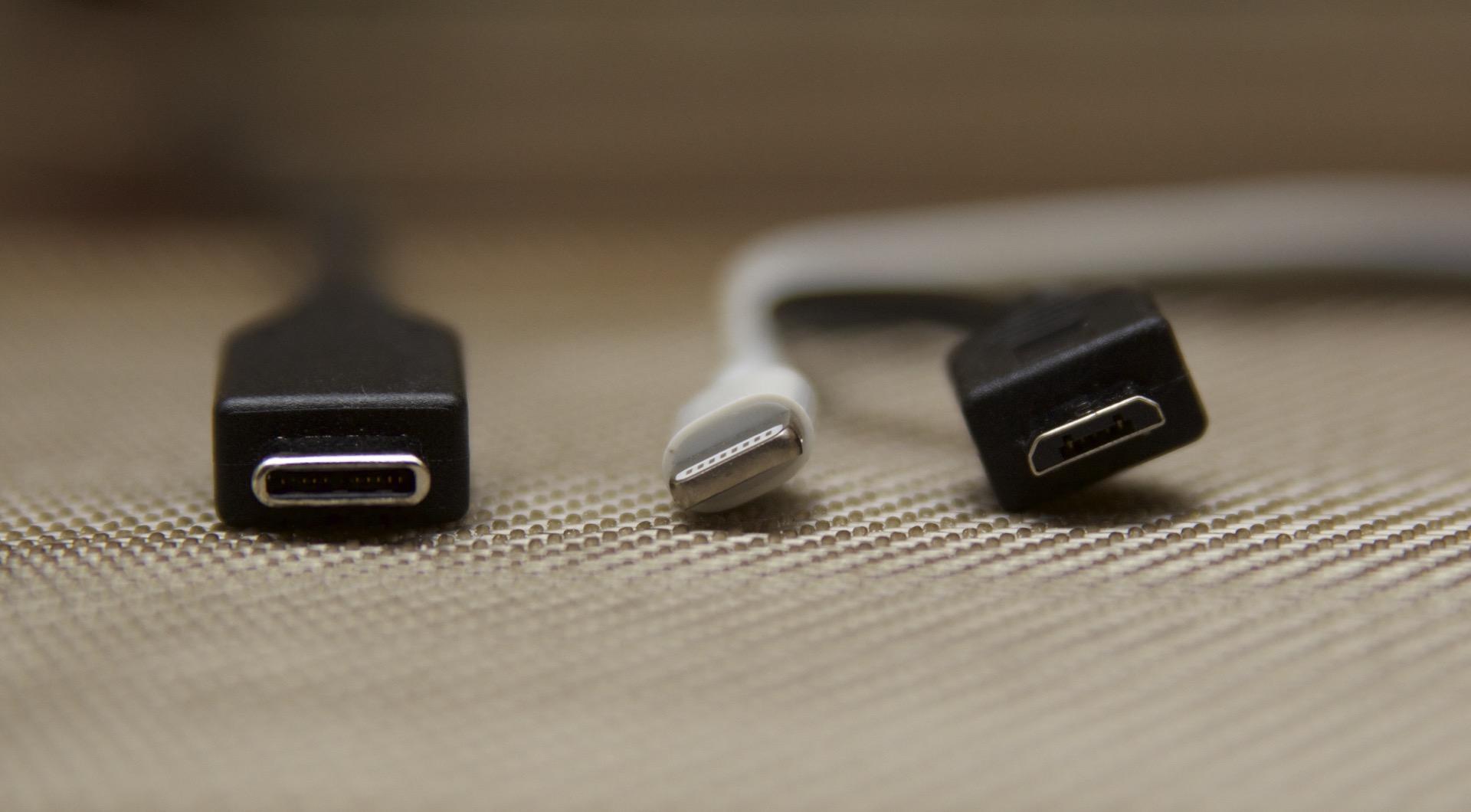 USB-C, Lightning y MicroUSB